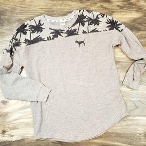 🎉5 for $25.00🎉Victoria's secret pink Shirt